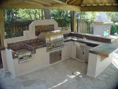 Prefab outdoor kitchens and grill islands